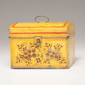 Fine Yellow Toleware Box