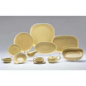 Russel Wright Dinnerware Service in Chartreuse
