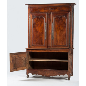 French Provincial Buffet-a-Deux Corps
