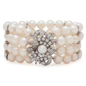 Pearl Bracelet with 14 Karat White Gold Diamond Clasp