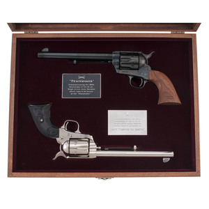 * Colt Single Action Army Set The Peacmaker & Colt