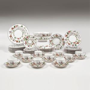 Coalport Porcelain Dinner Service, Hunting Scene