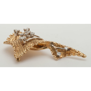 18 Karat Yellow Gold Diamond Brooch