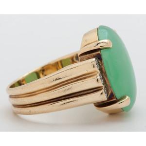 Gump's 18 Karat Gold Jade and Diamond Ring