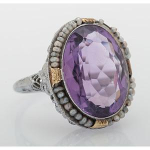 14 Karat White Gold Art Deco Amethyst Ring