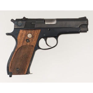 * Smith & Wesson Model 39-2