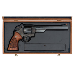 * Smith & Wesson Model 25-5