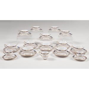 Spode Porcelain Service, Stafford Blue Leaf