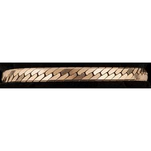 14k Gold Herringbone Bracelet