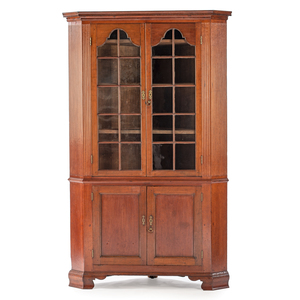 Kentucky Queen Anne Corner Cupboard