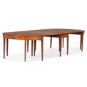 English Hepplewhite Dining Table