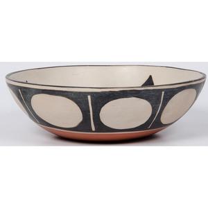 Paulita Pacheco (Kewa, 1943-2008) Pottery Bowl