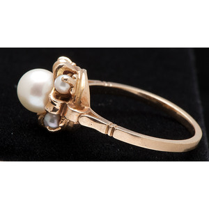 14k Gold Cultured Pearl Ring