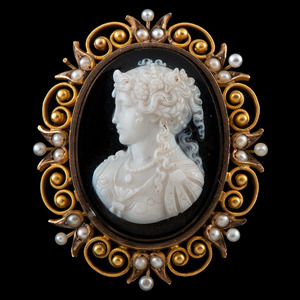 14k Gold Cameo Brooch