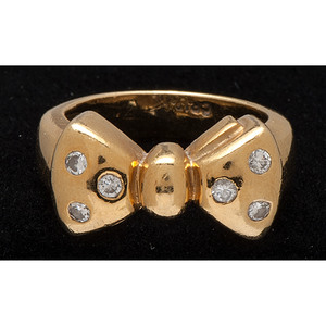 Cindy Royce 18k Gold Bow Ring