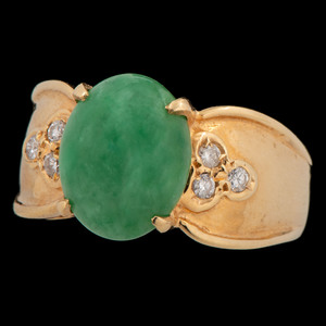 18k Gold Jade and Diamond Ring
