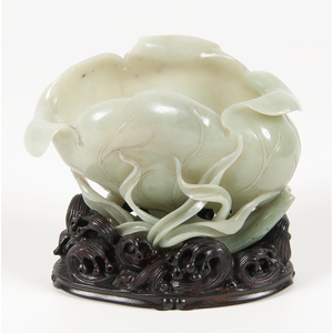 Chinese Jade Lotus Leaf Brush Washer