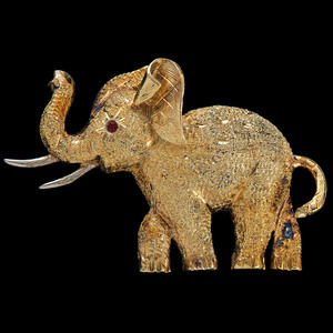 18k Gold Elephant Brooch
