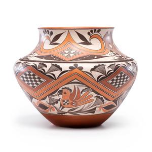 Shyatesa White Dove (Acoma, b. 1956) Award Winning Polychrome Pottery Olla