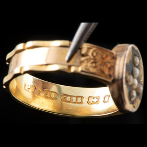 15k Gold Mourning Ring