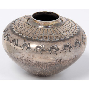 Norbert Peshlakai (Dine, b.1953) Navajo Silver Miniature Jar, From the Collection of Robert B. Riley, Urbana, IL.