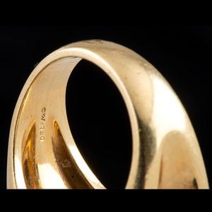 Kurt Wayne 18k Gold Mabe Pearl and Diamond Ring