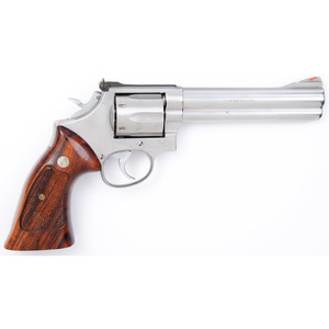 * Smith and Wesson Model 686 Revolver