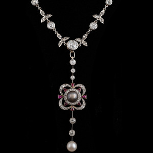 Edwardian Platinum Diamond Necklace with Detachable Pendant