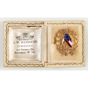14K Gold United Daughters of the Confederacy Pin with Jeweler's Box