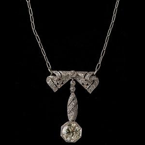 Platinum Art Deco Diamond Necklace
