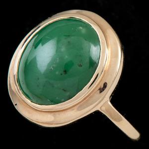 Gold Jade and Hardstone Jewelry, Lot of Three