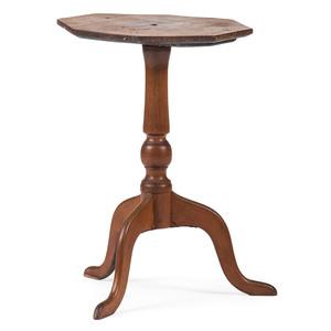 A Massachusetts Maple Octagonal-Top Candlestand