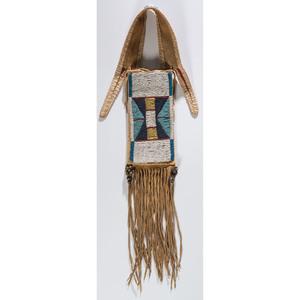 Apsaalooke (Crow) Beaded Mirror Bag
