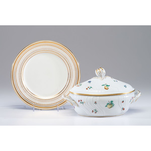 A Set of Royal Doulton Porcelain Plates and a Ginori Tureen