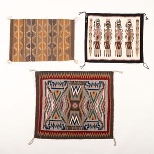 Navajo Regional Weavings / Rug