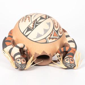 Linda Lucero Fragua (Jemez, b. 1954) Pottery Canteen, with Figures