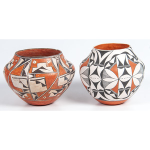 Acoma Polychrome Pottery Jars