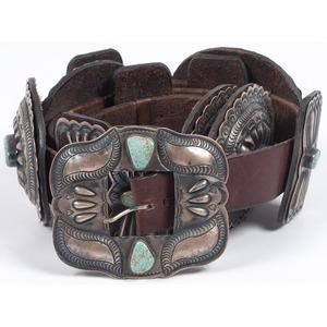 (Cincinnati) Albert Payton (Dine, 20th century) Sterling Silver and Turquoise Concha Belt