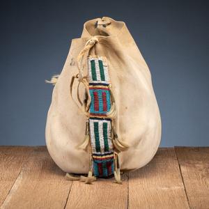 Cheyenne Beaded Hide Possible Bag