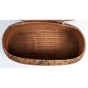 Thompson River Imbricated Lidded Basket