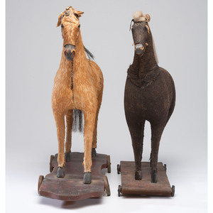Two Horse Pull Toys