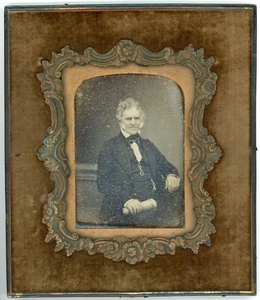 10 DAGUERREOTYPES IN WALL FRAMES