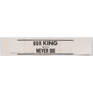 [KING, Martin Luther, Jr. (1929-1968)]. Our King Will Never Die armband. New York: Harlem Printing Shop, [ca 1968].