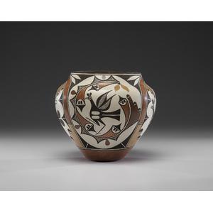Sophia and Lois Medina (Zia, 1932-2010 / b. 1959) Four Color Pottery Olla
