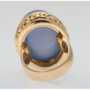 Sarosi Lavender Chalcedony Ring in 18 Karat Yellow Gold