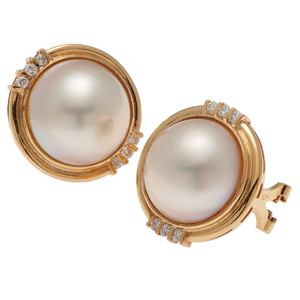 Mabe Pearl Earrings in 18 Karat Yellow Gold with Diamonds