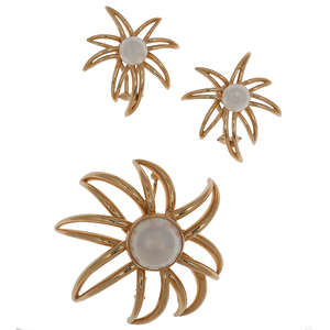 Tiffany & Co. Fireworks Brooch and Earrings with Pearls in 18 Karat Yellow Gold