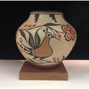 Elizabeth Medina (Zia, b. 1956) Pottery Jar