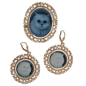 Cameo Brooch/Pendant and Earrings in 14 Karat Yellow Gold
